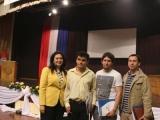 Dra. Carmen Varela, junto a alumnos destacados como Ariel David Ruíz
