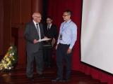 Primer premio - Julián Noguera y rector Padre Javier Herrán